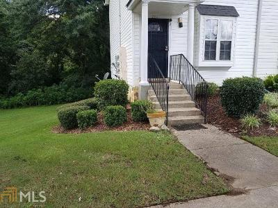 Clayton County Condo/Townhouse For Sale: 1625 Conley Rd #261
