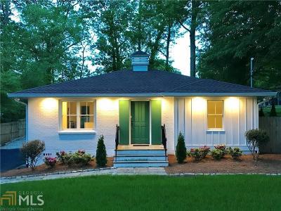 Smyrna Single Family Home For Sale: 1036 Oakview Dr