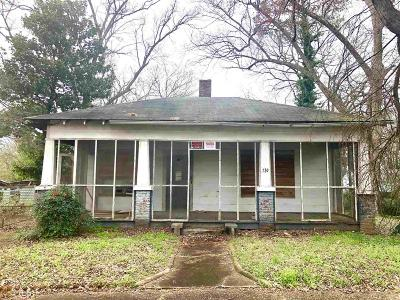Single Family Home Under Contract: 730 Glass St