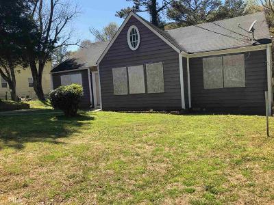 Grove Park Single Family Home For Sale: 556 Elmwood Rd