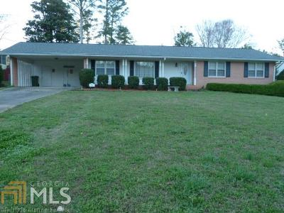 Griffin Single Family Home Under Contract: 223 Larcom Ln