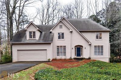 Alpharetta Single Family Home For Sale: 105 Hedge Lawn Trl