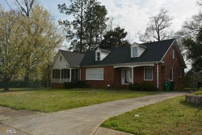 Lithonia Single Family Home For Sale: 2569 Bond