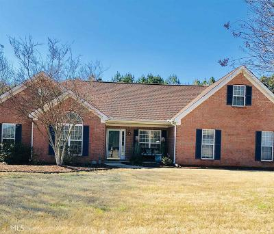 Hampton Single Family Home For Sale: 207 Thorne Wood Ln