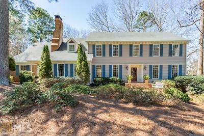 Roswell, Sandy Springs Single Family Home For Sale: 660 River Chase Ridge
