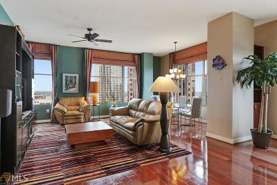 Condo/Townhouse New: 565 Peachtree #1502