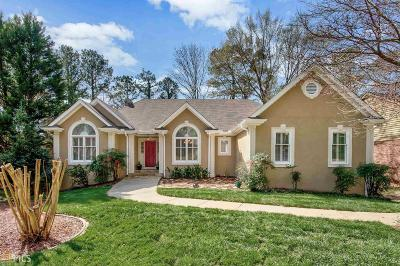 Roswell Single Family Home Under Contract: 1100 Cedar Knoll