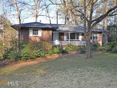 Clarkston Single Family Home Under Contract: 1090 De Leon Dr
