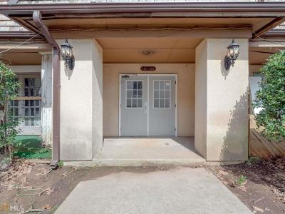 Lithonia Condo/Townhouse Under Contract: 122 Rue Fontaine