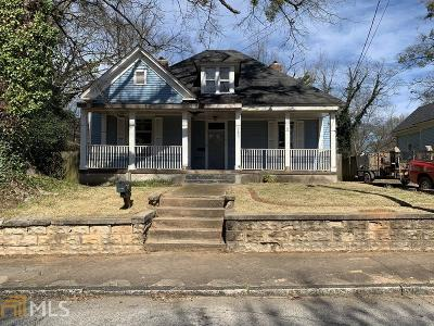 Oakland City Single Family Home Under Contract: 1039 SW White Oak Ave
