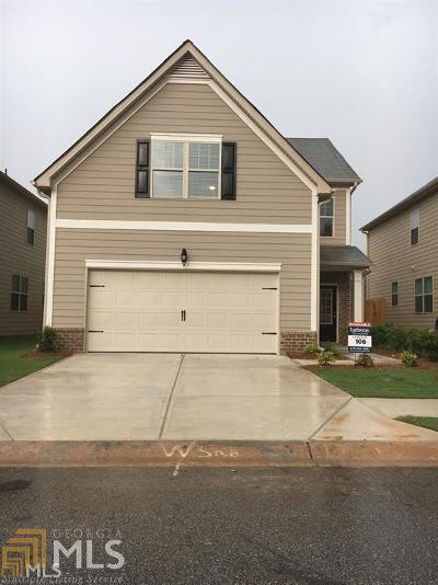Lithonia Single Family Home Under Contract: 2509 Oakleaf Ridge