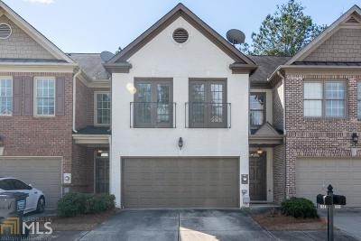 Norcross Condo/Townhouse Under Contract: 1658 Oakbrook Lake Dr