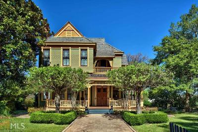 Putnam County Single Family Home For Sale: 300 N Madison Ave