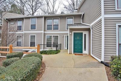 Marietta Condo/Townhouse Under Contract: 1211 Wynnes Ridge