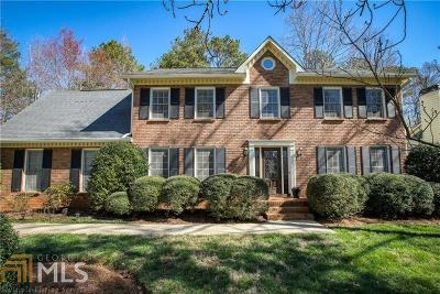 Alpharetta Single Family Home New: 6105 Pin Oak Ln