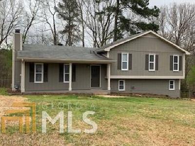 Douglasville Single Family Home Under Contract: 4144 Macduff