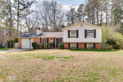 Roswell Single Family Home New: 815 Waterbrook Ct