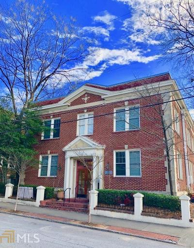 Condo/Townhouse Under Contract: 733 Frederica St #5