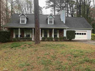 Lithonia Single Family Home Under Contract: 875 Timbervale Ln
