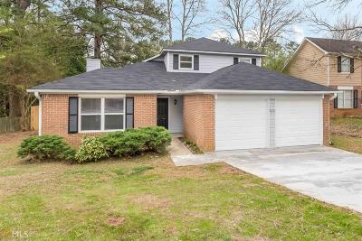 Lithonia Single Family Home Under Contract: 1900 Corners Cir