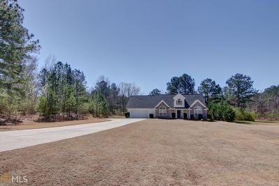 Loganville Single Family Home For Sale: 522 Annslee Ln