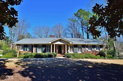 Gainesville Single Family Home New: 190 Club Dr