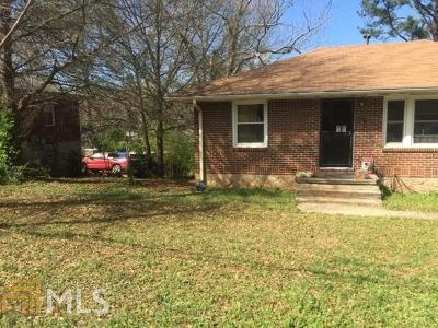 Clayton County Single Family Home New: 874 Pinevalley Dr