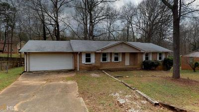 Douglasville Single Family Home For Sale: 6642 Forestdale Ln