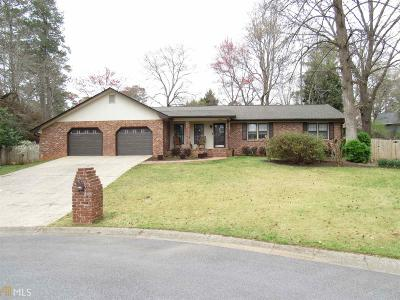 Marietta Single Family Home New: 615 Forest