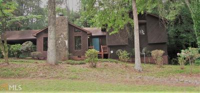 Marietta Single Family Home For Sale: 2707 Lange Ct