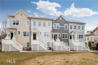 Condo/Townhouse New: 3778 Oxford Cir #13