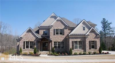 Single Family Home New: 719 Creekside Bend