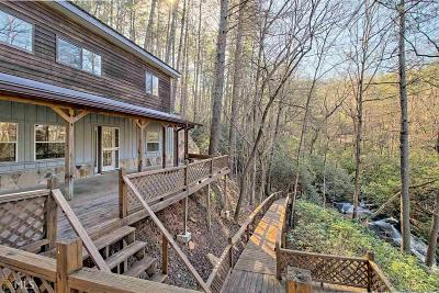 Clarkesville Single Family Home New: 700 Sillycook Trl
