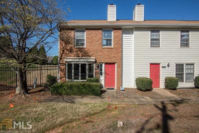 Roswell Condo/Townhouse Under Contract: 988 Old Holcomb Bridge Rd