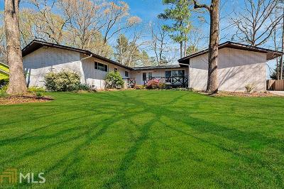Roswell Single Family Home Contingent With Kickout: 1355 Driftwood Ct