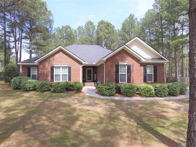 Statesboro Single Family Home For Sale: 305 Honey Bee Ct