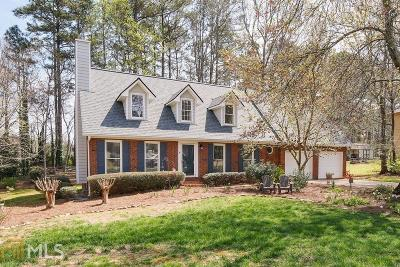 Kennesaw Single Family Home Under Contract: 1420 Pine Springs Dr