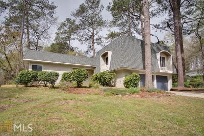 Roswell Single Family Home Under Contract: 4200 Cedar Knoll Cir