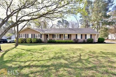 Snellville Single Family Home Under Contract: 2778 Burford Ln