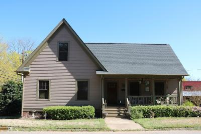 Madison Single Family Home For Sale: 334 N Second St