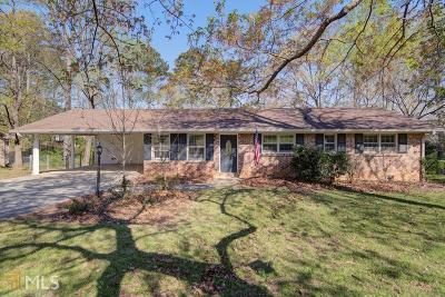 Snellville Single Family Home Under Contract: 2905 Manor Ct