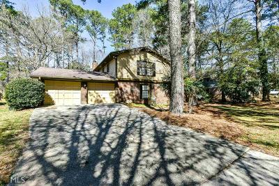 Stone Mountain Single Family Home For Sale: 5175 Clearwater