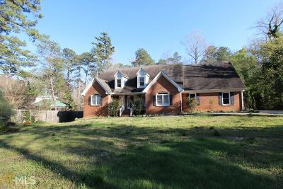 Snellville Single Family Home For Sale: 2628 Temple Johnson Rd