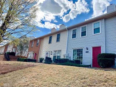 Roswell Condo/Townhouse Under Contract: 119 Old Ferry Way
