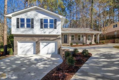Marietta Single Family Home For Sale: 470 Ridgewater Dr