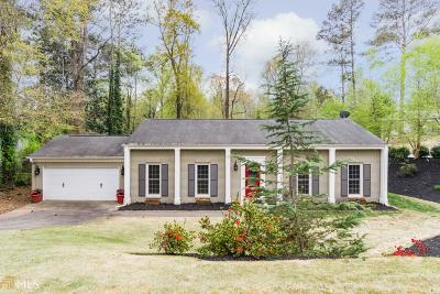 Roswell Single Family Home For Sale: 35 Willow Springs