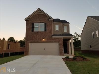Locust Grove Single Family Home For Sale: 1075 Lear Dr #446