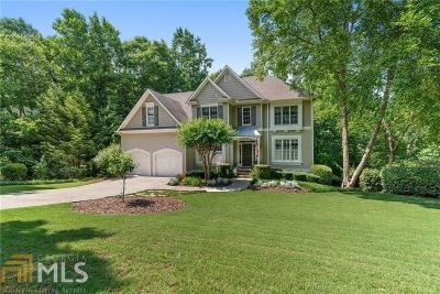 Cumming, Gainesville, Buford Single Family Home For Sale: 3225 Bentwood Close