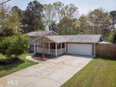 Conyers Single Family Home Under Contract: 1337 Country Lane Way