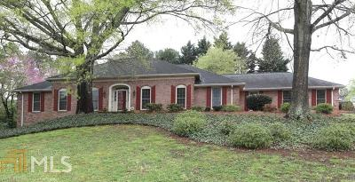 Roswell Single Family Home Under Contract: 155 Hunters Ridge Ct